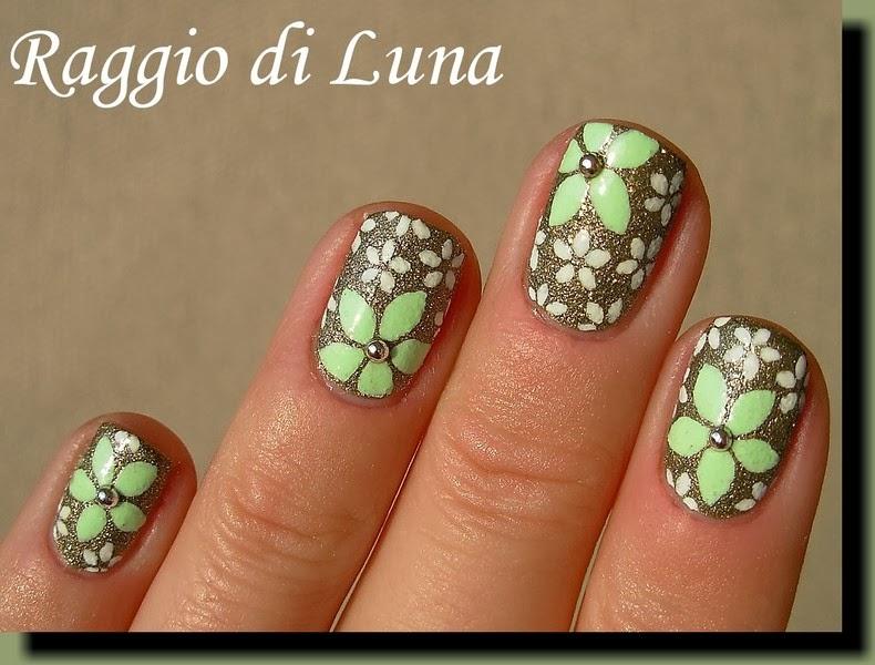 Raggio Di Luna Nails Light Green White Flowers On Textured Olive
