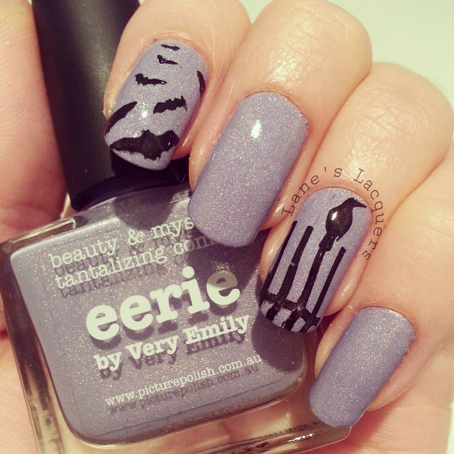 picture-polish-eerie-swatch-bats-birds-creepy-nails