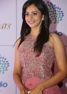 Actress Rakul Preet Singh Latest Pictures in Long Dress at Memu Saitam Dinner with Stars Red Carpet 11