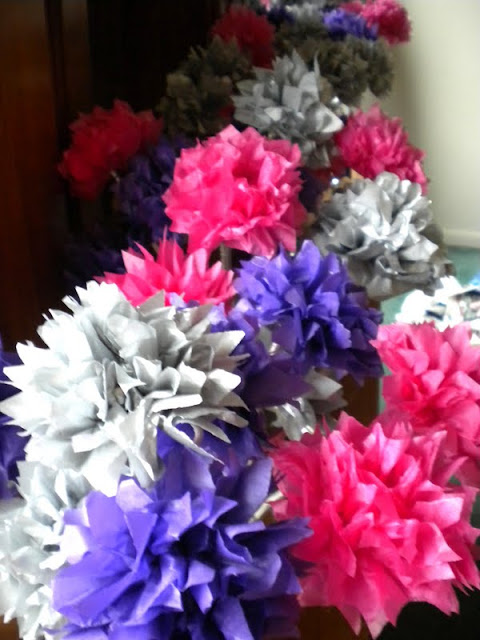 eco gifts: tissue paper flower wedding centerpieces