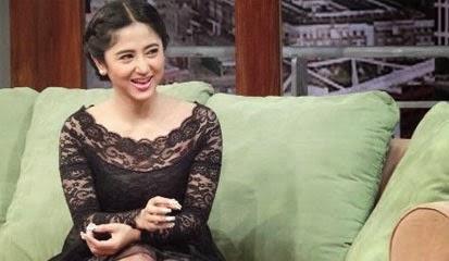 Fashion Sytle Dewi Persik Setelah Keluar Dari Penjara Semakin Cantik