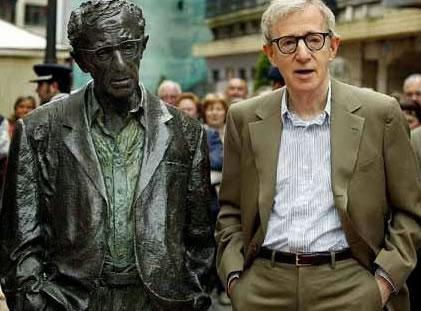 Estátua de Woody Allen en Oviedo