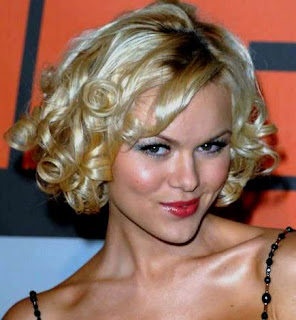 Anya Monzikova Short Medium Hairstyles