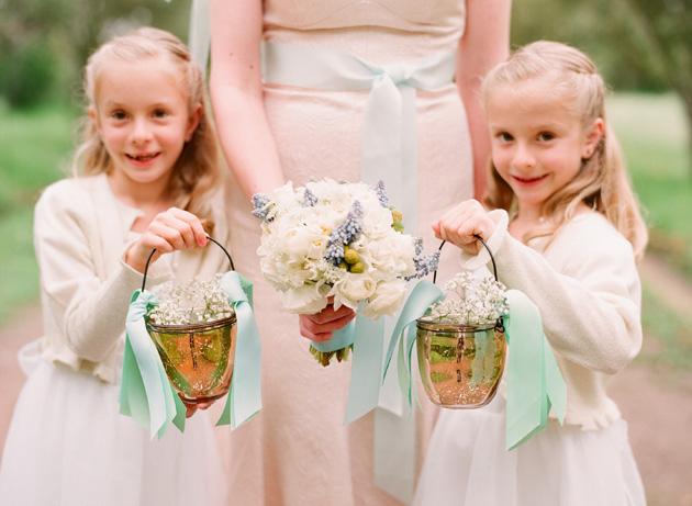 Alternative Flower Girl Basket Ideas : A daminha e o seu buqu? falando de casamento