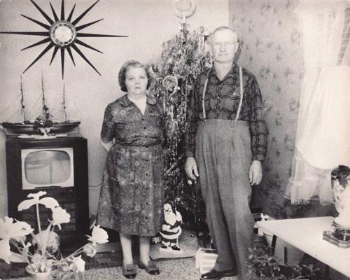 Having A 1950's Christmas | Rock My Makeup