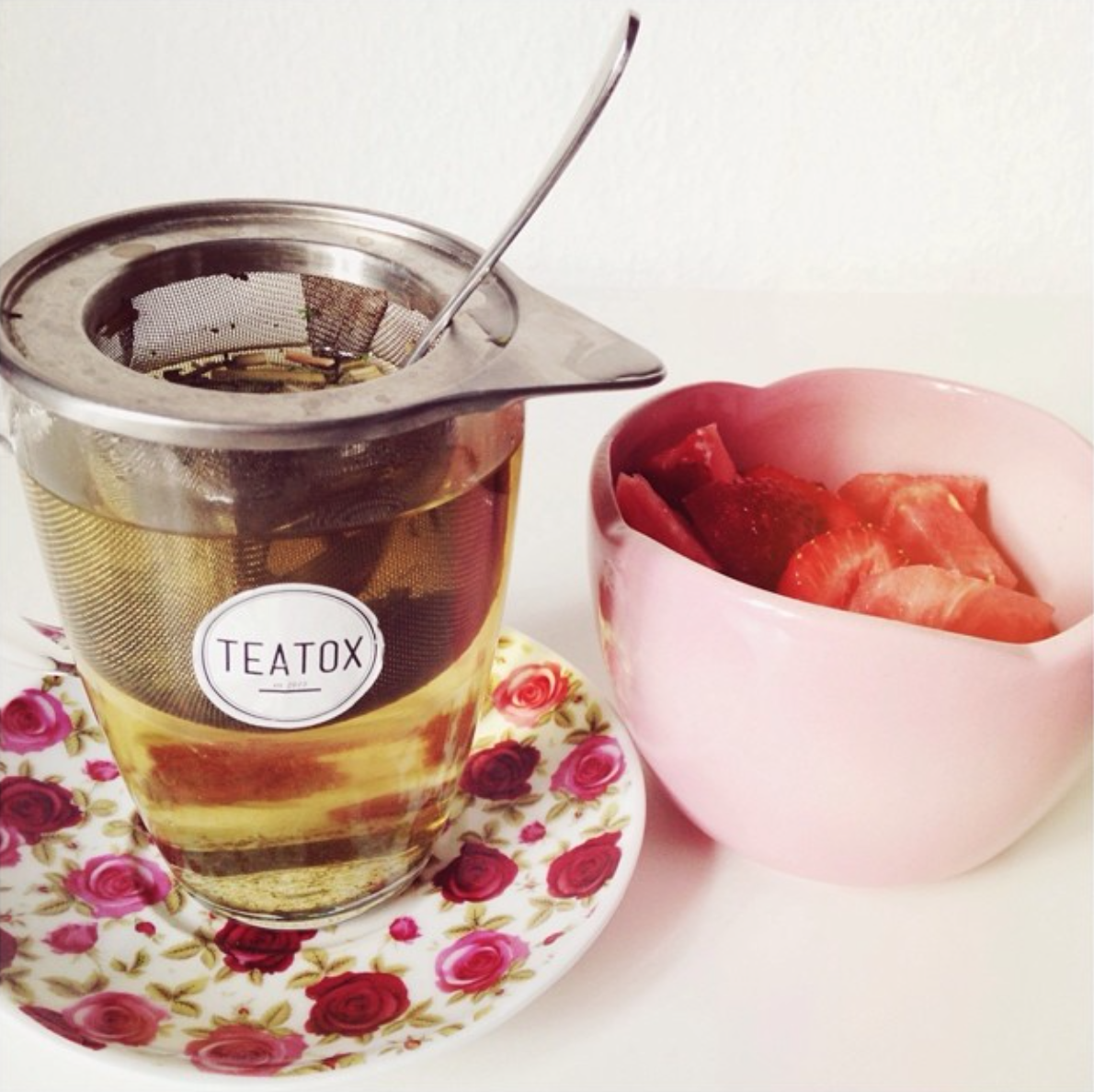 Tea, Teatox, Strawberries