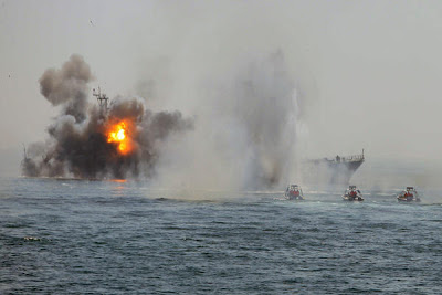 Iranian-Revolutionary-Guards-attack-an-abandoned-warship-being-used-as