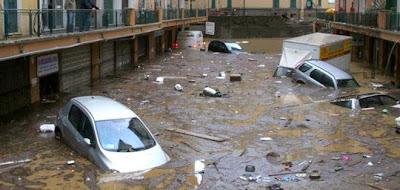 GRAVES INUNDACIONES EN ITALIA 04 DE DICIEMBRE 2013