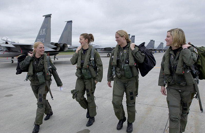 Sean Linnane: FEMALE OFFICERS DROP OUT OF GRUELING MARINE CORPS ...