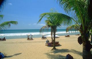 Pantai Kuta - Wisata Menarik di Pulau Bali