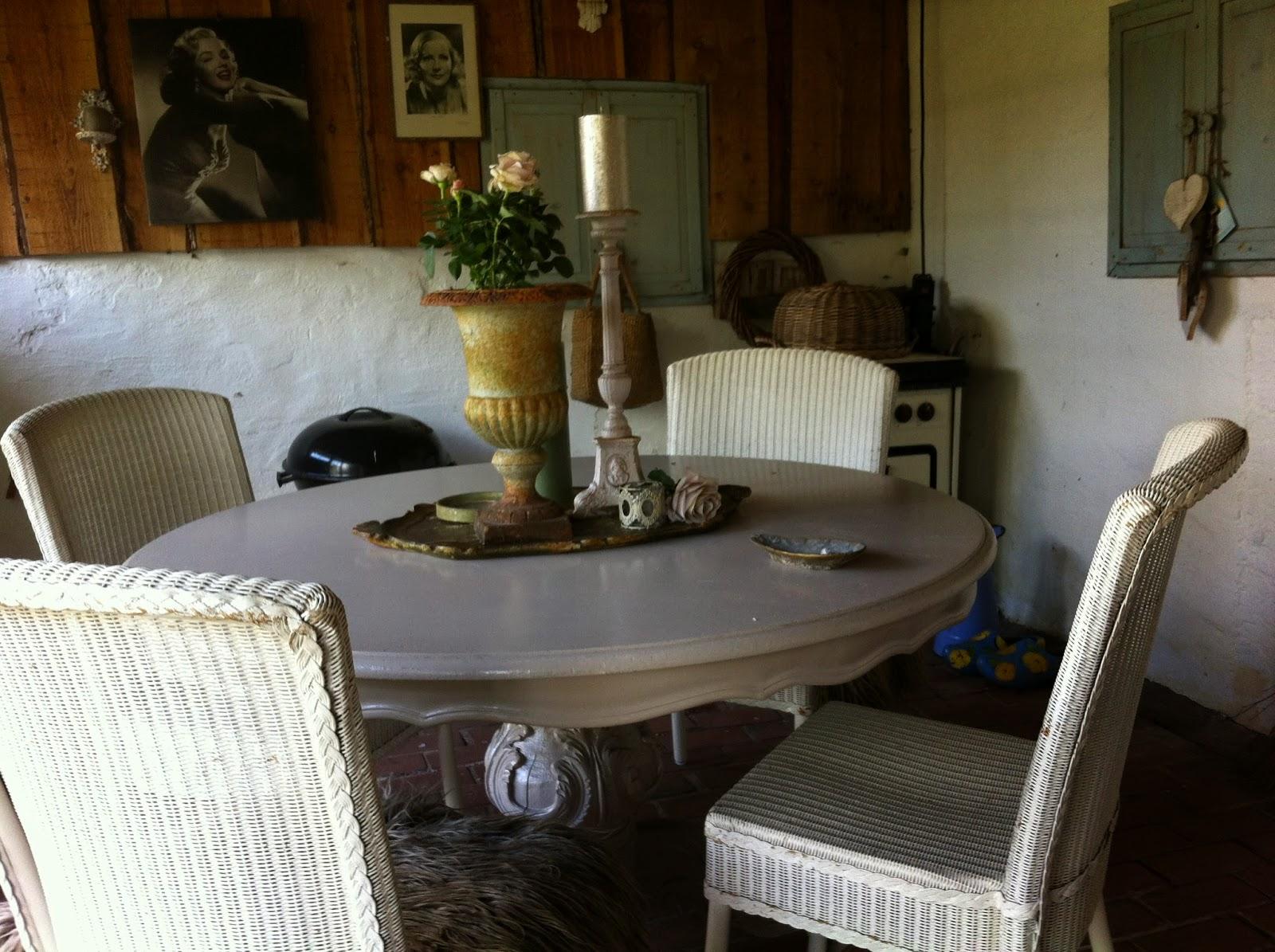 Riaasmoestuin marktplaats 4 lloyd loom stoelen for Loom stoelen