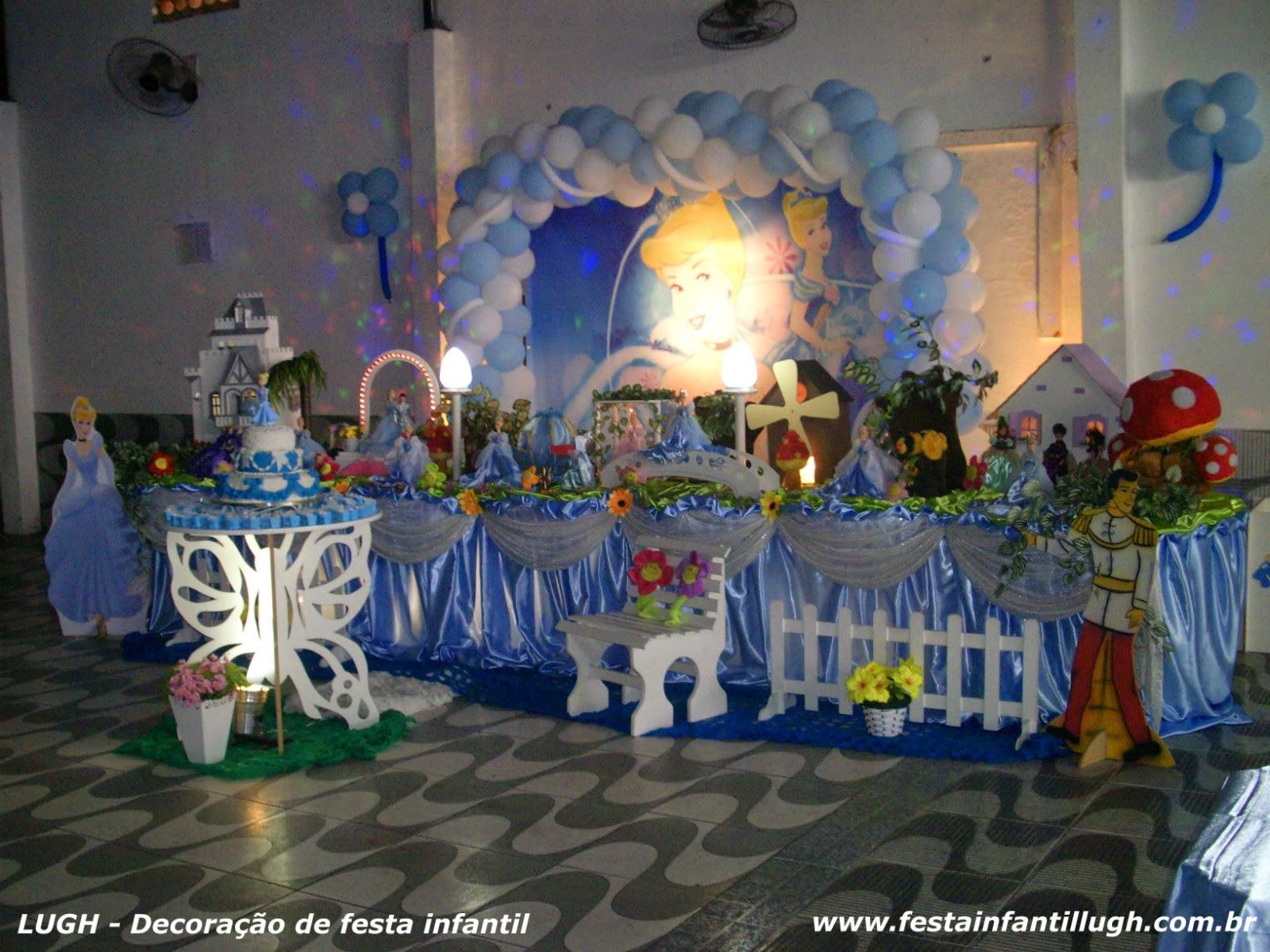 Cinderela - mesa decorada para festa de aniversário infantil com os melhores temas de meninos e meninas