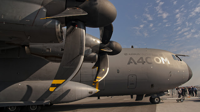 Airbus A400M Atlas (Airbus A400M Atlas wallpaper) The Airbus A400M Atlas, is a multi-national four-engine turboprop military transport aircraft. Airbus A400M Atlas was designed by Airbus Military as a tactical airlifter with strategic capabilities.