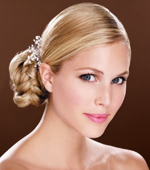 Winter-Wedding-Hairstyles
