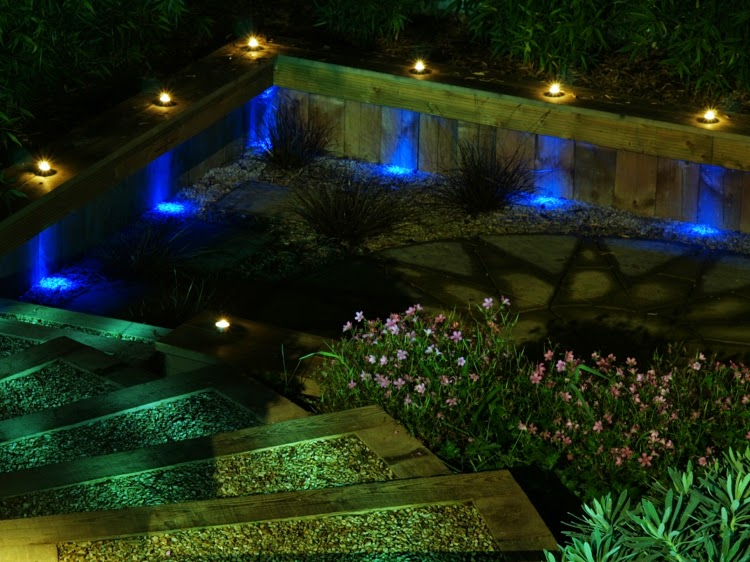 How To Use LED Garden Lights For Decoration 37 Ideas