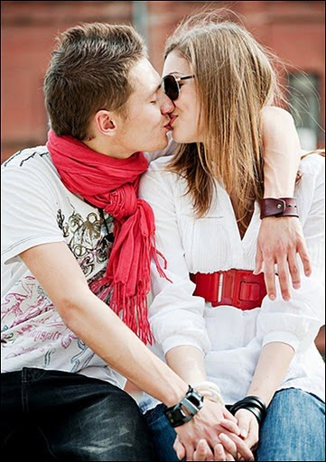 Romantic Images With Quotes Of Love Of Couples With Quotes For