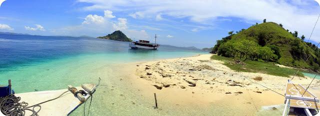 Pulau Kelor Nusa Tenggara Timur