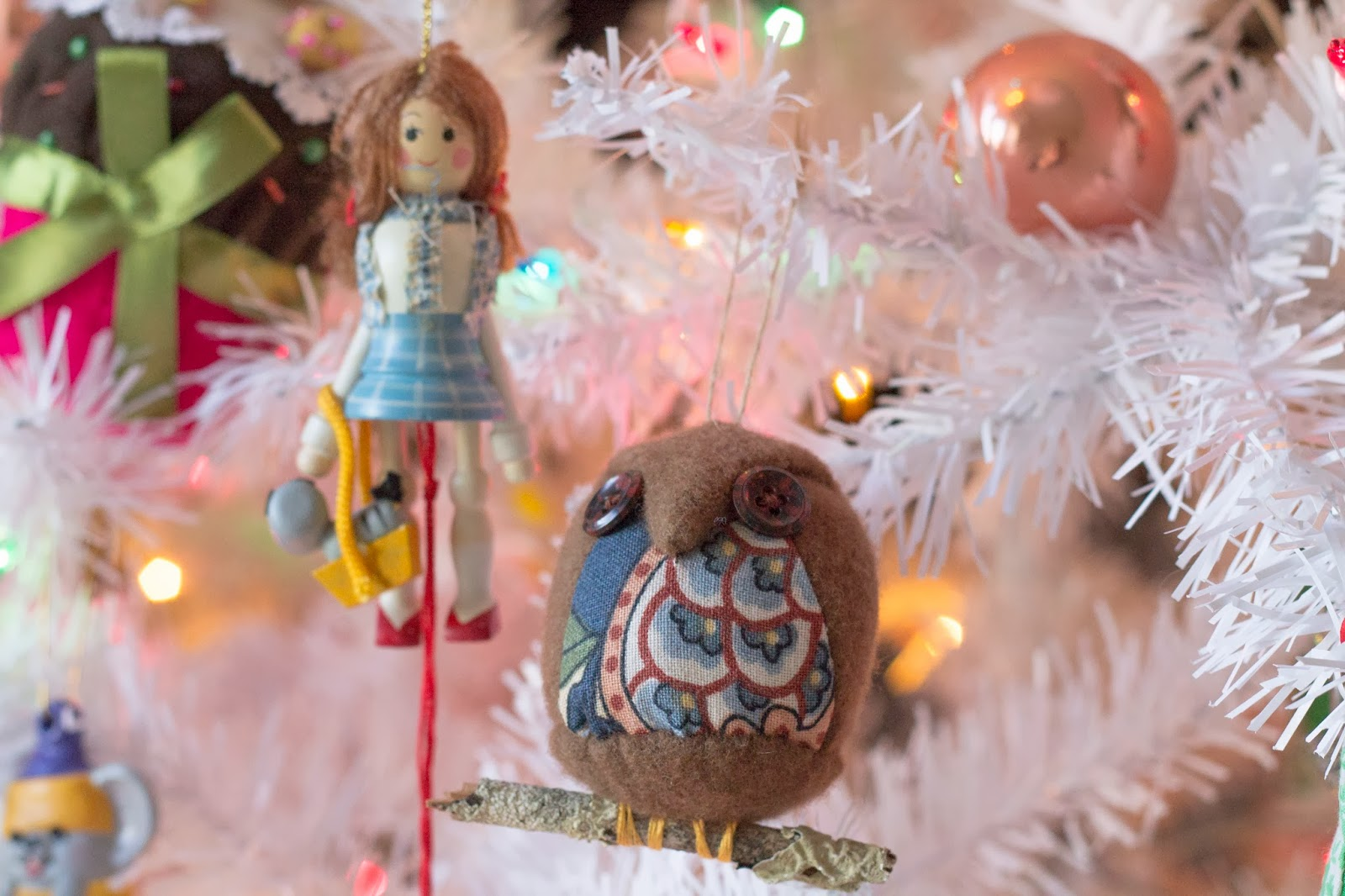 Florida christmas ornament - The Dorothy Ornament Is Another Favorite From My Childhood When You Pull The String Her Arms And Legs Move I Found This Little Owl In A Small Shop In