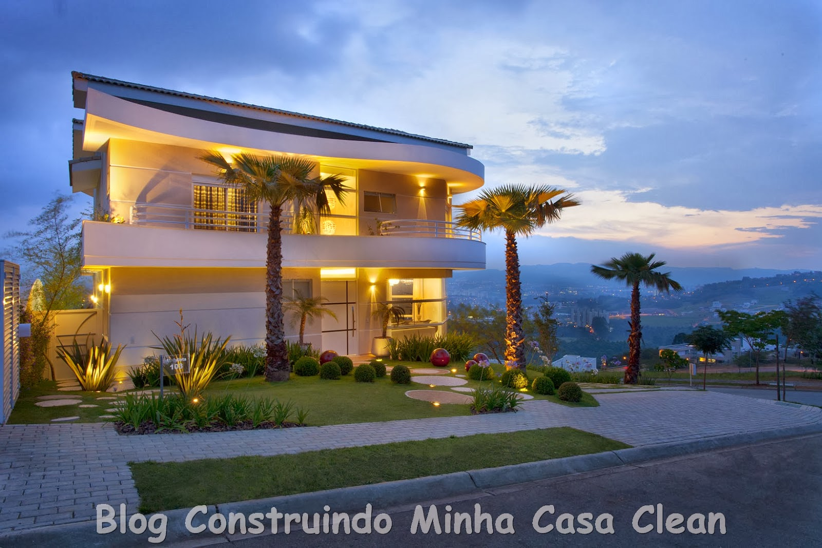 Construindo minha casa clean fachadas de casas com for Casa moderno a