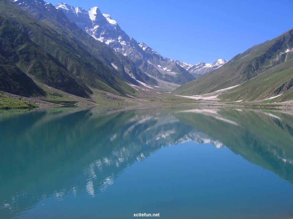 Ioana Spangenberg Anorexic Amazing saif-ul-malook lake (5