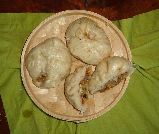 http://emancipations-culinaires.blogspot.com/2015/09/ban-bao-brioche-vapeur-classico.html