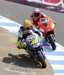 Rossi y Stoner en el sacacorchos