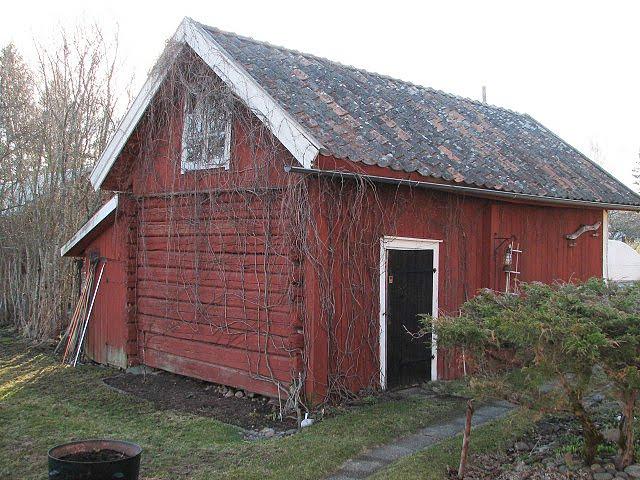 Gammalt Koksbord Till Salu : Uthus, vedbod garage, tidigaste delen byggd 1830
