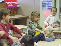 Atelier de massage entre enfants et de relaxation corporelle