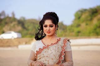 BD Actress Mousumi Unseen hot Photos