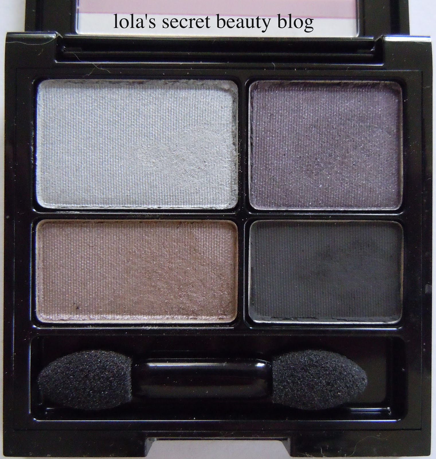 Lolas secret beauty blog revlon colorstay 16 hour eye shadow siren is a definite cool blue based quad so if you are looking for any warmth in your eye shadows it wont be found here ccuart Images