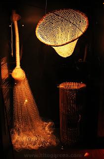 Objetos utilizados para pesca expostos no espaço Nossas Histórias, no Museu da Gente Sergipana, em Aracaju - Sergipe