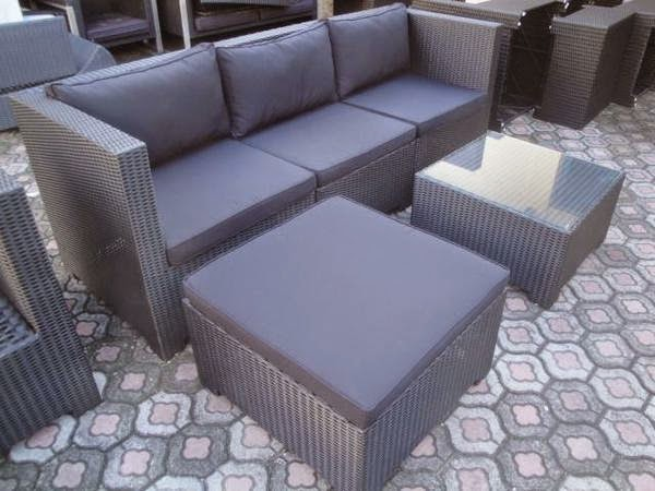 Sofa minimalis Rotan Sintetic