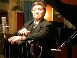 """Bandoneonista, compositor y arreglador Pascual """"Cholo"""" Mamone (PM)"""