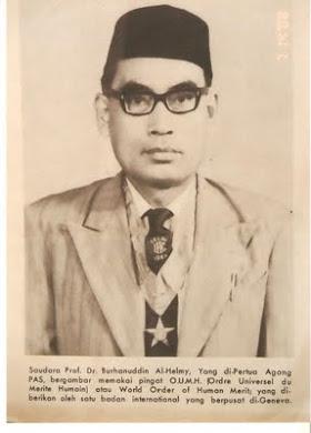 Almarhum Dr. Burhanuddin Al-Helmy