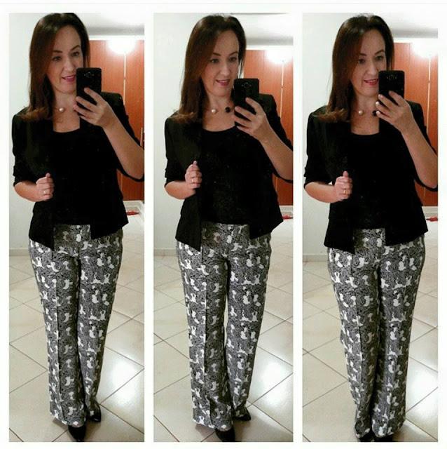 dica de look, blog camila andrade, blog de moda em ribeirão preto, fashion blogger em ribeirão preto, calça estampada preto e branco, blazer preto, colar dior, lojas renner