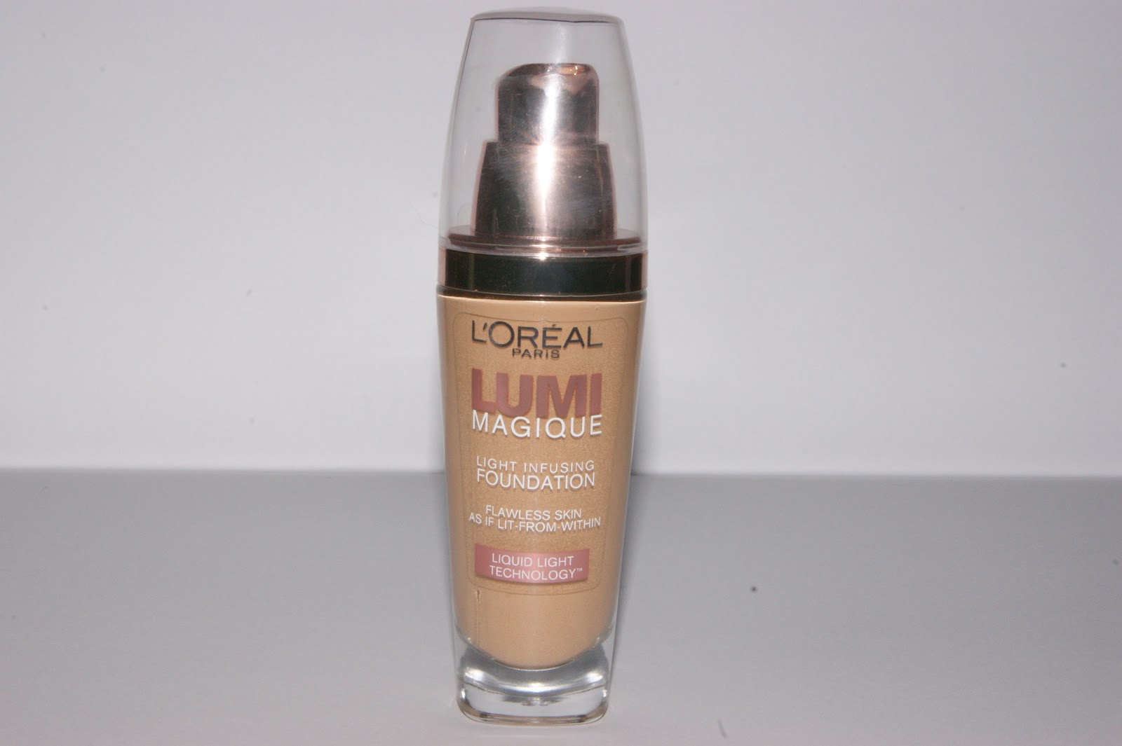 L'Oreal Lumi Magique Foundation Review | The Sunday Girl