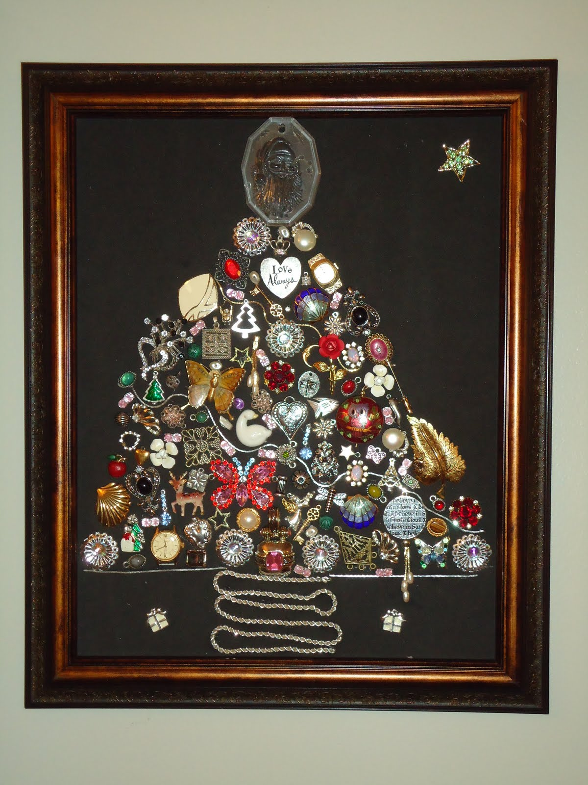 KASBN: Jewelry Christmas Tree