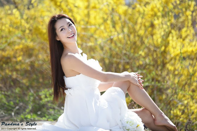 Ju Da Ha Pretty in White Dress