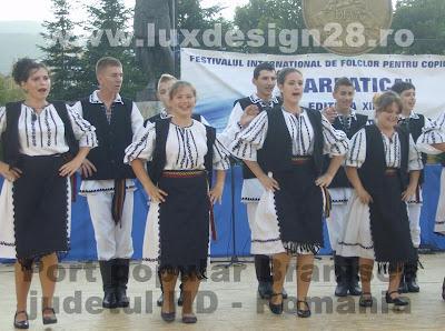 Cantece si dansuri populare din zona Branisca