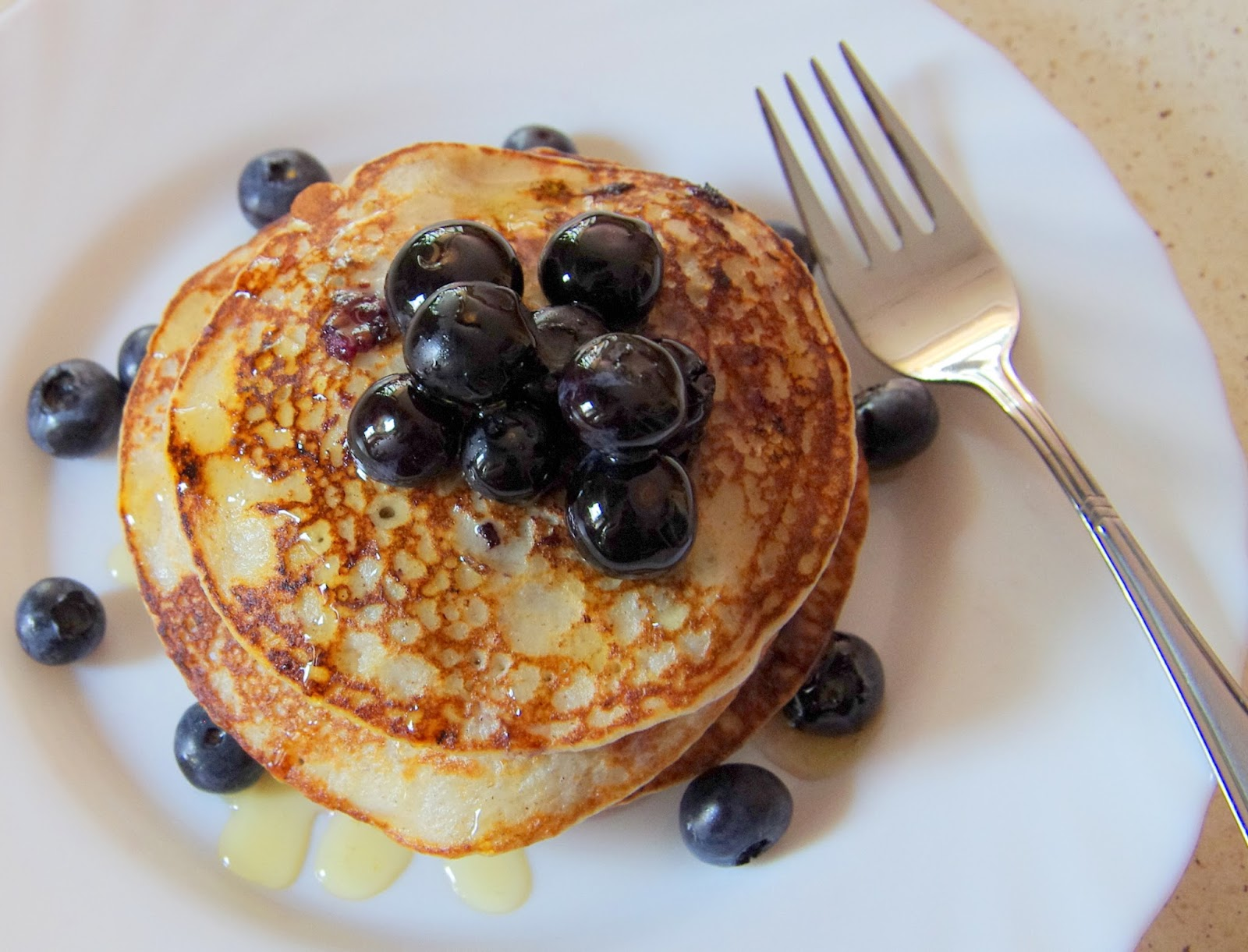 Recipe: Healthy Blueberry and Banana Pancakes!