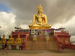 Holiday Fans travel the World RTW -family activities Budget Travel Golden Triangle North Thailand