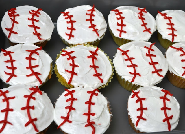 baseball cupcakes, #HomeRunMovie