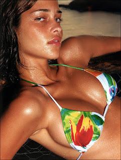 Ana Beatriz Barros,Model