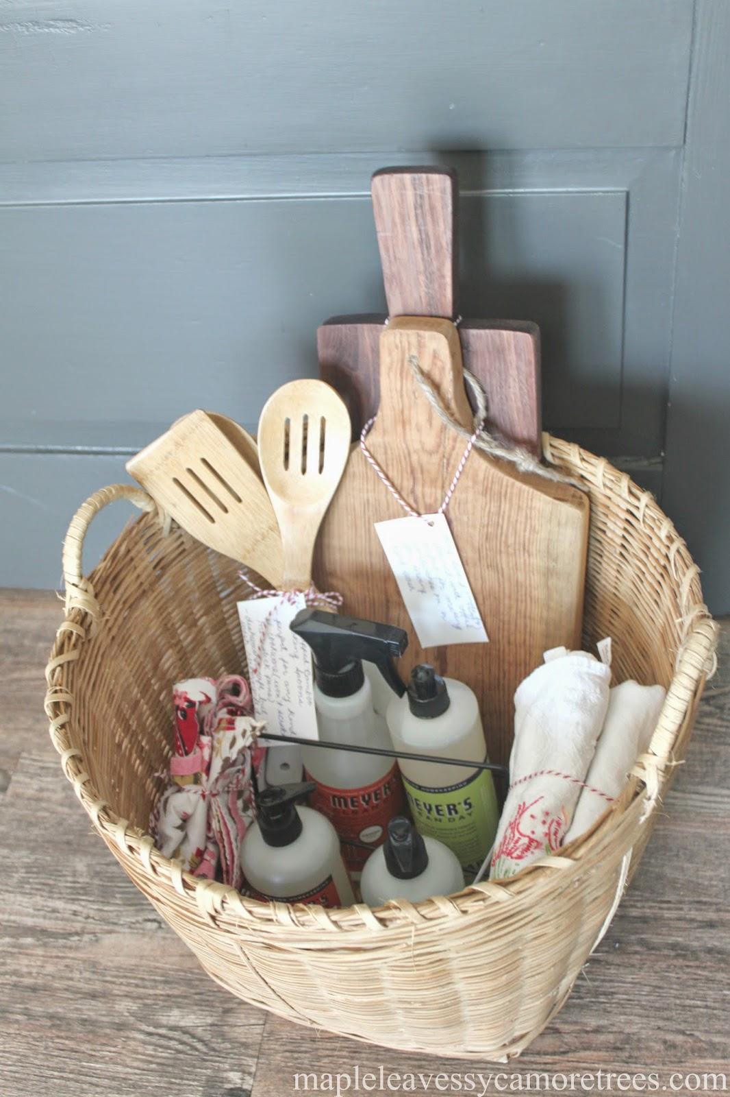 Wedding Gift Basket Ideas 67 Perfect Bridal Shower Gift