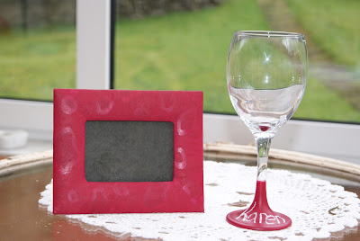 Make your Own Chalkboard Wine Glasses