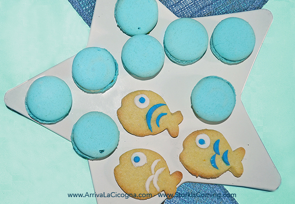 fish cookies and maccaron bubbles