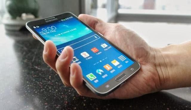 Samsung Galaxy Round - Ponsel Lengkung Pertama di Dunia