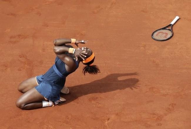 Момент, когда Серена Уильямс во второй раз стала победительницей Открытого чемпионата Франции по теннису.