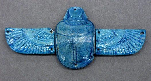 Khepra, escaravelho sagrado semelhante ao disco alado e Horbehutet
