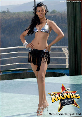 bollywood actress hot mugda godse in bikini